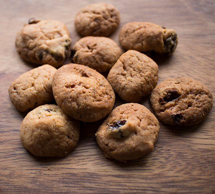 レーズン&シナモンクッキー