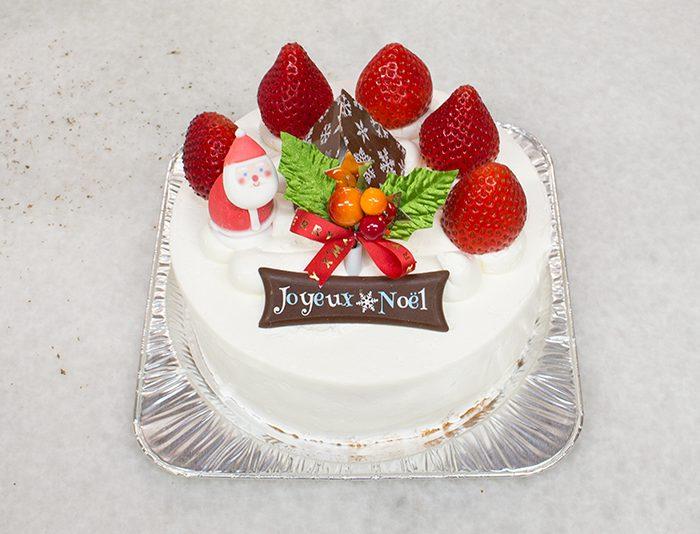 クリスマスケーキ 生クリーム仕上げ
